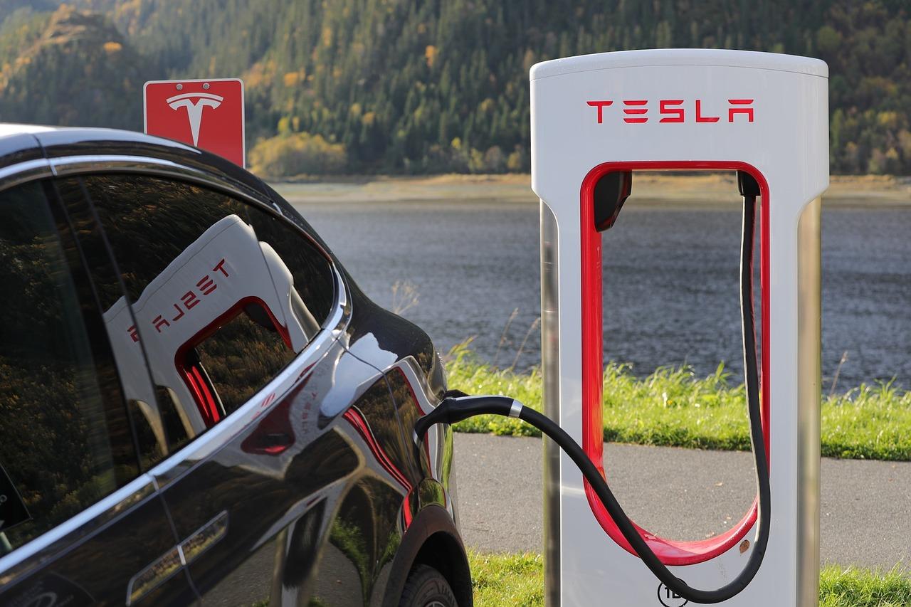 Tesla создаст самую честную страховку